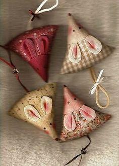 sweet little mice ... pin cushions ...