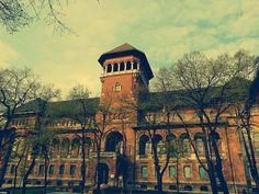 Muzeul taranului roman / Museum of the Romanian Peasant in Bucharest. www.worldtourandtravel.com