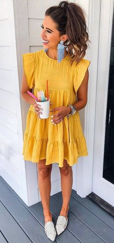 simple summer outfit / yellow dress and white loafers