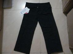 US$ 14.0000 lululemon GROOVE CROPS black