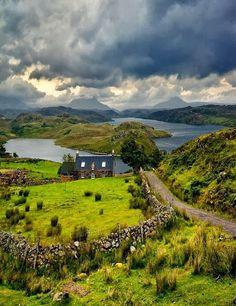 Scottish Highlands Come and visit it. Also die Highlands sind immer wieder eine Reise wert.