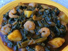 Add an unusual yet very traditionally Mexican touch to your holiday meal: romeritos, edible greens that you can prepare in a variety of ways. Mexican Dishes, Mexican Food Recipes, Ethnic Recipes, Mexican Cooking, Wheat Free Bread, Jamaican Dishes, Caribbean Recipes, Easter Dinner, Holiday Tables