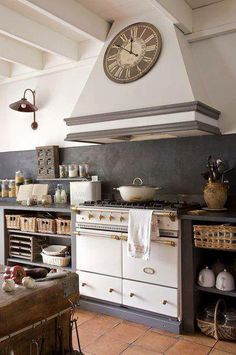 Cucina/Country/Color grigio/ http://www.pinterest.com/Arredocountry/