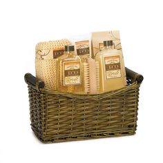 I really like this Eco spa basket full of lotion and shower gel. I especially like how it includes a brush and a sponge. My mom's birthday is coming up, and I think this would be a great present for her.