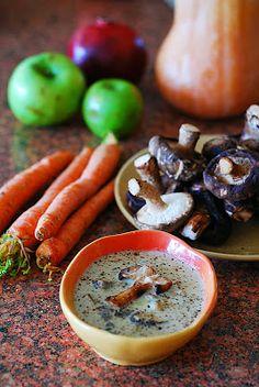 Creamy mushroom soup with shiitake