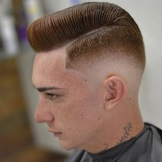 The Pompadour is a constantly evolving hairstyle for men. Originally popular in the and with country and rock'n'roll stars like Elvis Presley, Cool Mens Haircuts, Great Haircuts, Popular Haircuts, Hairstyles Haircuts, Cool Hairstyles, Classic Hairstyles, Medium Hairstyles, Wedding Hairstyles, Pompadour Hairstyle