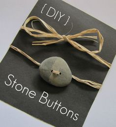 Learn how to DIY your own buttons out of beach stones and wood! Stone Crafts, Rock Crafts, Diy And Crafts, Arts And Crafts, Recycled Crafts, Diy Buttons, How To Make Buttons, Craft Projects, Projects To Try
