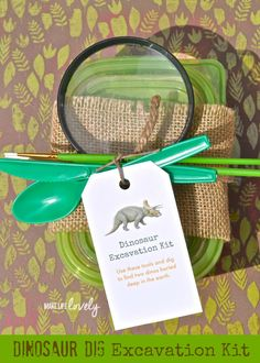 Dino Dig Excavation Kits Tutorial - party favor idea for a dinosaur themed birthday Park Birthday, Dinosaur Birthday Party, 4th Birthday Parties, Birthday Party Favors, Boy Birthday, Birthday Ideas, Dinosaur Valentines, Dinosaur Party Favors, Dinosaur Party Activities