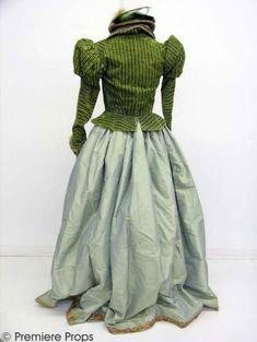Shakespeare in Love (1998) worn by Gwyneth Paltrow as Viola De Lesseps #CostumeDesign: Sandy Powell