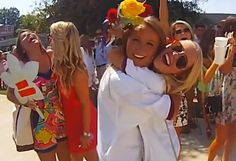 University of Alabama Alpha Phi's Video Captures What Bid Day Is All About Sister Pics, Sister Pictures, Alabama College, University Of Alabama, Go Greek, Greek Life, Video Capture, Sorority Life, Bid Day