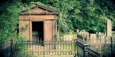 See the claw marks left by a girl entombed alive in South Carolina #travel #roadtrips #roadtrippers