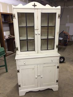 Just got done painting and refinishing this beautiful China Cabinet Hutch