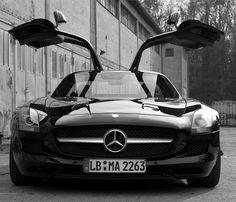 SLS AMG Black&White