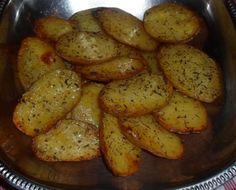 Filetti di maiale alla pizzaiola,+Patate aromatizzate,+ Frittatina...tutto cotto al forno!!! - Archivi - Cookaround forum