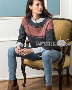 Вязаный спицами модный джемпер реглан с рукавами три четверти