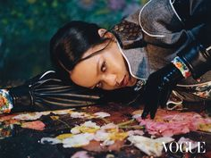 Rihanna Poses in 'Full Fashion Force' by Hanna Moon for Vogue Hong Kong September 2019 — Anne of Carversville Rihanna Vogue, Rihanna Fenty, Rihanna Baby, Hong Kong, Rihanna Cover, Rihanna Style, Bad Gal, Vogue Magazine, Editorial Photography