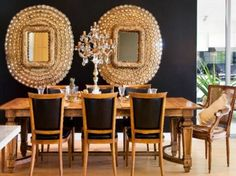 Oppulent Black & Gold Dining Room with Gold Peacock Mirrors Art Deco Decor, Decoration, Room Decor, Dining Room Colors, Dining Room Design, Dining Rooms, Dining Set, Kitchen Design, Peacock Mirror