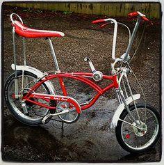 Vintage Schwinn Bikes, Vintage Bicycles, Old Bicycle, Bicycle Pedals, Lowrider, Cool Bicycles, Cool Bikes, Bmx, Bike Cart