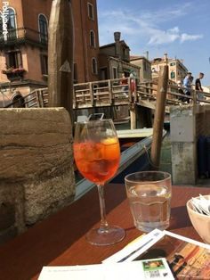 A weekend in Venice - why this city is always worth a trip Weekend In Venice, Visit Venice, Rialto Bridge, Drinking Around The World, Night Train, Venice Italy, Siena, Tuscany, Life Is Good
