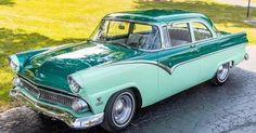 Chrysler Conquest, Classic Cars Online, Antique Cars, Zodiac, Auction, Antiques, Vehicles, Vintage Cars, Antiquities