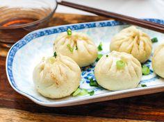 Sheng Jian Bao (Pan-fried Pork Soup Dumplings)