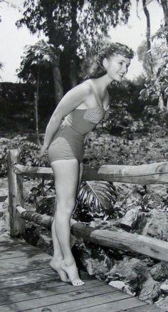 Living doll Debbie Reynolds