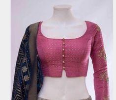 Simple Saree Blouse Designs, Blouse Designs High Neck, Simple Blouse Designs, Stylish Blouse Design, Blouse Designs Catalogue, Kurta Neck Design, Lehnga Dress, Indian Interiors, Silk Pants