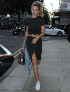 Gigi Hadid street style vibes... For more styling tips and gorgeous clothing check out: http://www.sizeable.com.au/