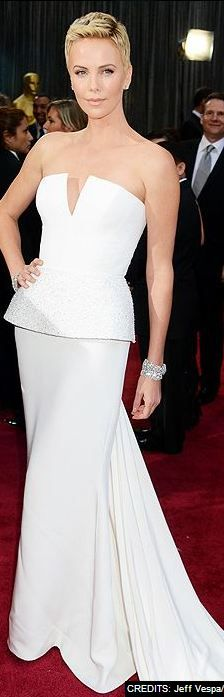 CHARLIZE THERON at the 2013 Academy Awards - Christian Dior Haute Couture