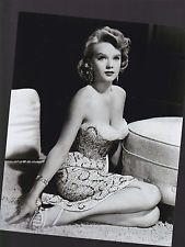 """"""" Anne Francis many blessing always Anne Francis: American actress in Hollywood from famous for the sci-fi Shakespeare movie Forbidden Planet… """" Golden Age Of Hollywood, Vintage Hollywood, Hollywood Glamour, Hollywood Stars, Hollywood Actresses, Actors & Actresses, Classic Hollywood, Hollywood Fashion, Merle Oberon"""