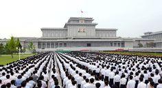《우리 민족끼리》 - 청년전위들의 궐기모임 진행