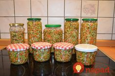Nepotrebujete žiadne bujóny, ani umelé prísady, táto zelenina polievku výborne ochutí a zvlášť užitočná je preto do silných domácich vývarov. Navyše, vyrobíte ju úplne jednoducho, všetko zvládnete do pol hodinky!