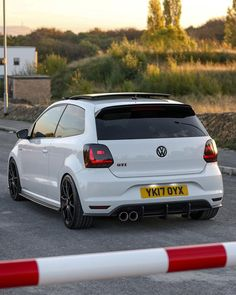 Vw Polo Modified, Modified Cars, Polo R, Polo Club, Vw Pointer, Auto Volkswagen, New Ferrari, Stylish Mens Outfits, Vw Cars