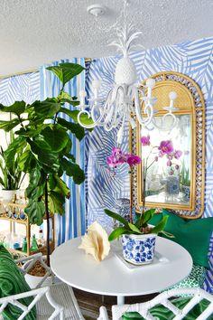 Palm Beach Decor, Tropical Decor, Coastal Decor, Florida Living, Florida Home, Bohemian Living Rooms, Beach House Kitchens, Dining Nook, Dream Decor