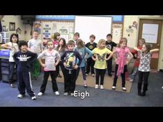 LANGUAGE ARTS: The Phonics Dance Hunks & Chunks; These kids are amazing to remember all of this! Makes me thankful I already know how to read with all of the crazy chunks and exceptions! Phonics Videos, Phonics Song, Phonics Words, Teaching Phonics, Phonics Activities, Kindergarten Literacy, Reading Activities, Teaching Reading, The Phonics Dance