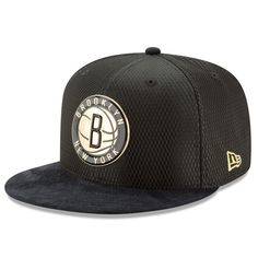 Brooklyn Nets New Era NBA On-Court 59FIFTY Fitted Hat - Black/Gold