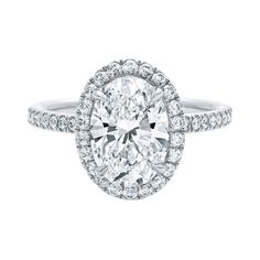 Harry Winston 40 Fabulous Engagement Rings InStyle.com ❤ liked on Polyvore featuring engagement ring, harry winston, jewelry and rings