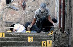 "Carla Bertrand ""Bertrandspecial"": Google+ Programa de refugiados por la violencia ofrece esperanza a centroamericanos (video)  http://www.hoylosangeles.com/noticias/local/hoyla-loc-exhortan-a-centroamericanos-en-ee-uu-a-ampararse-a-programa-de-refugiados-por-la-violencia-story.html"