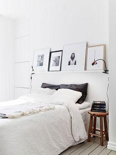 Style Scandinave, clair et épuré dans cette chambre.  #bedroom #Scandinavian #white