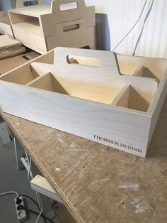 Woodworking Shop Layout, Cnc Woodworking, Woodworking Projects Plans, Modular Furniture, Plywood Furniture, Furniture Design, Plywood Projects, Scrap Wood Projects, Crate Storage