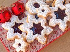 #Μπισκότα αμυγδάλου με μαρμελάδα #nostiimiesgiaolous #christmas Linzer Cookies, Cake Cookies, 12 Days Of Xmas, Christmas Cooking, Greek Recipes, Biscotti, Gingerbread Cookies, Waffles, Wedding Cakes