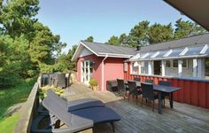Holiday home Nonboevej Fan� Denm Fan� Holiday home Nonboevej Fan? Denm is located in Fan? Vesterhavsbad. The house can accommodate up to six persons.  The three-bedroom house is provided with cable-TV, including German channels, and a radio.