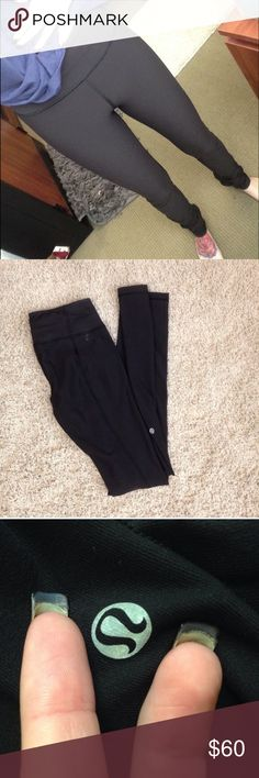 Black Skinny Grooves In brand new condition. Only worn a handful of times. Can be reversible. Black on both sides. No flaws at all. lululemon athletica Pants Leggings