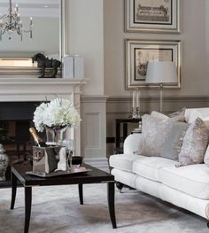 Here's another of our most popular images of 2015...The elegant, Georgian inspired drawing room in Cleves House, a beautiful property just a stones throw from Hampton Court Palace.  #inspiration #home #luxury #design #georgian #interiors #interiordesign #hamptoncourt #london #glamour