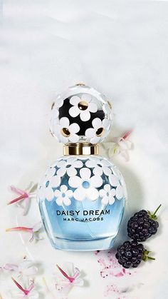 This Marc Jacobs fragrance comes in the summer as Daisy Dream Forever. It includes top notes of blackberry, pear and grapefruit, middle notes of blue wisteria, jasmine and fresh lychee and base notes of strong blonde woods. Cheap Perfume, Perfume Bottles, Marc Jacobs Perfume, Ariana Grande Perfume, Long Lasting Perfume, Tom Ford Makeup, Nyx Matte, Matte Lipsticks, Good Morning Flowers