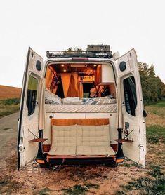 Cargo Van Conversion, Camper Van Conversion Diy, Van Conversion Interior, Bus Camper, Hippie Camper, Camper Life, Van Vw, Vintage Camper, Vw Camping