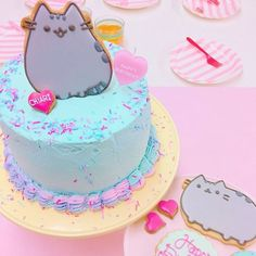 Did you know tomorrow is Pusheen's birthday? Check out this amazing cake by @yohko_ycsweets! #regram