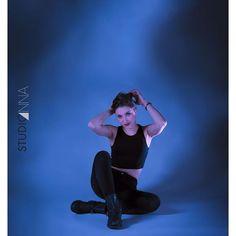 StudioAnna  -  Ana #studioanna_paris #art #retouche #Nikon #d810 #portrait #blu #coursflorent #theatre #girl #studioshooting #book