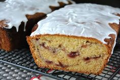 Cranberry Almond Bread- a quick bread using whole berry cranberry sauce and almond extract. LOVELY. #cranberry #quickbread www.shugarysweets.com