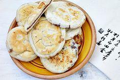 Retete simple de post colectie de peste 150 de retete Camembert Cheese, Pancakes, Breakfast, Food, Fine Dining, Morning Coffee, Essen, Pancake, Meals